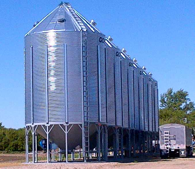 Goebel 2106 Hopper Bins
